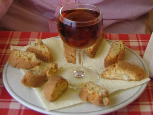 cantucci-and-vin-santo