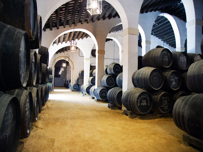 sherry-bodega-barrels
